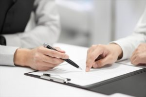 過払い金請求のからくりや弁護士への依頼方法とは